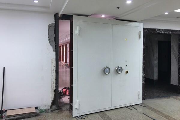 密室机关门