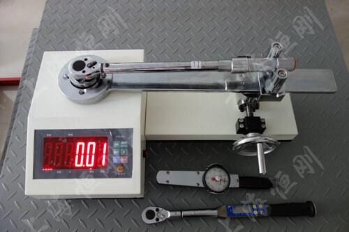 扭矩扳手测试工作台
